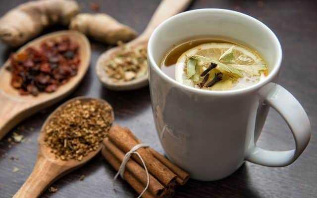 El ve Ayaklar İçin Ödem Attıran Bitkisel Çay Tarifler