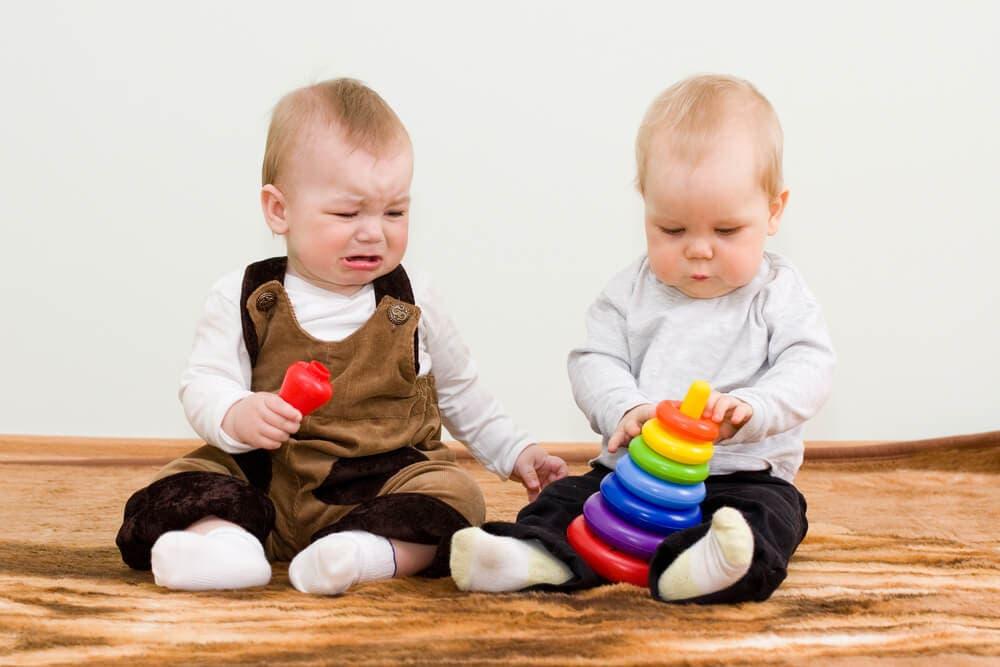 Çocuğum Oyuncaklarını Kimseyle Paylaşmıyor!